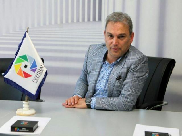 Entretien du journal : la nouvelle : «L'Institut culturel et publicitaire de Pejhan est entré dans la 25ème année de son activité et durant cette période, il a réussi à inscrire son nom parmi les plus éminents de ce domaine».